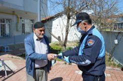 """Havza'da 73 yaşındaki kişi """"Biz Bize Yeteriz Türkiyem"""" kampanyasına katıldı"""