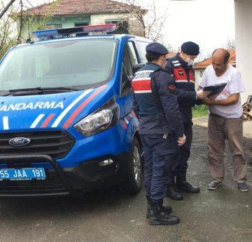 Samsun ve Sinop'ta sosyal yardımların hak sahiplerine evlerinde teslim edilmesine başladı