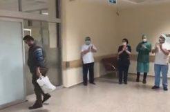 Bafra`da Covid-19 Tedavisi Biten 2 Hasta Alkışlarla Taburcu Oldu