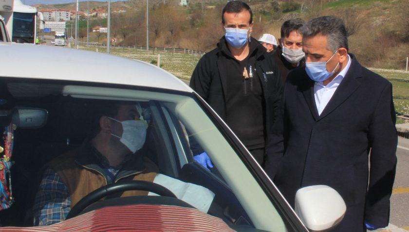 Samsun Valisi Osman Kaymak, Havza'da incelemelerde bulundu.