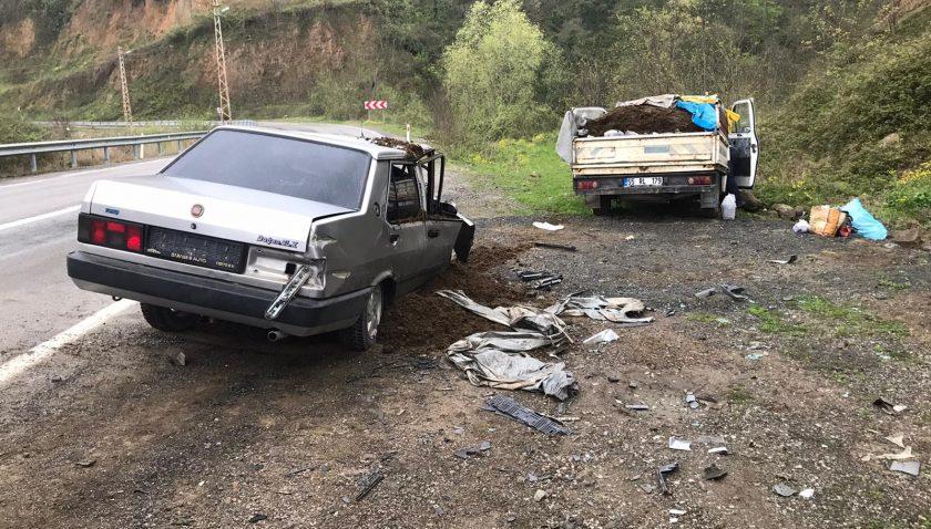 Samsun Ayvacık İlçesinde Trafik Kazası 3 Yaralı