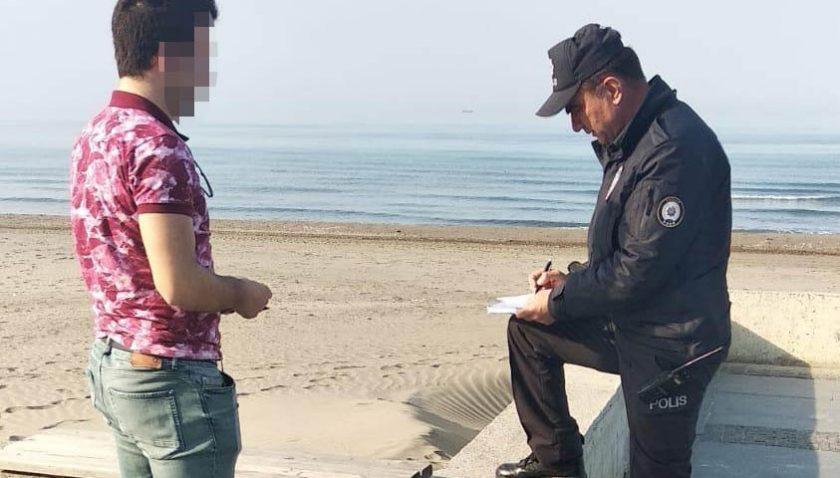 Atakum`da Sosyal Mesafe Kuralına Uymayan 55 Kişiye İdari İşlem Yapıldı