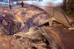 Ordu'da park halindeki kamyona çarpan otomobilin sürücüsü ağır yaralandı