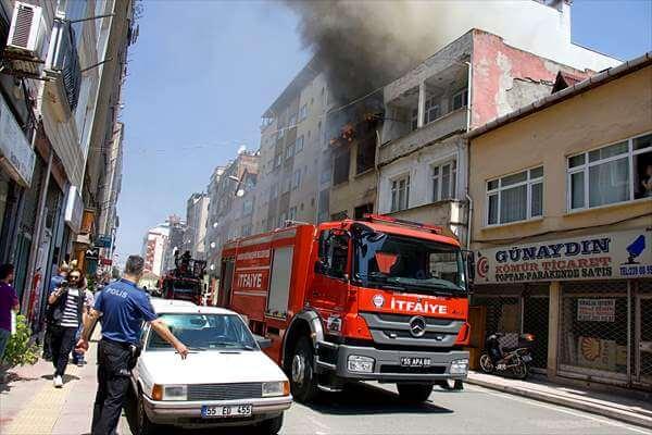 Samsun'da Metruk Binada  Yangın