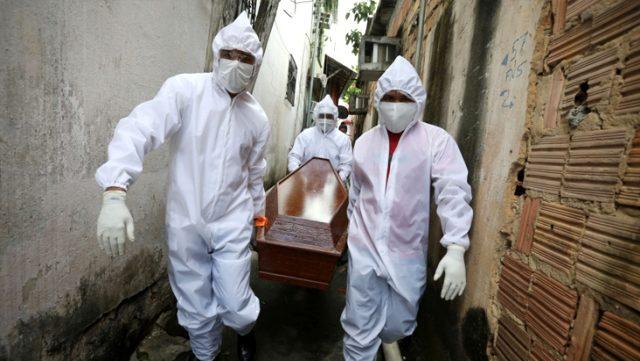 Son Dakika: Salgında tüm dünya normalleşirken Brezilya'da 1.349, Meksika'da 1.092 kişi hayatını kaybetti