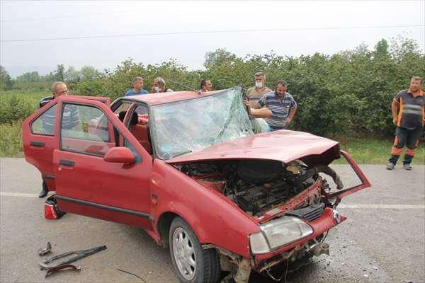 Samsun'da İki Otomobil Çarpıştı: 1 Ölü, 5 Yaralı
