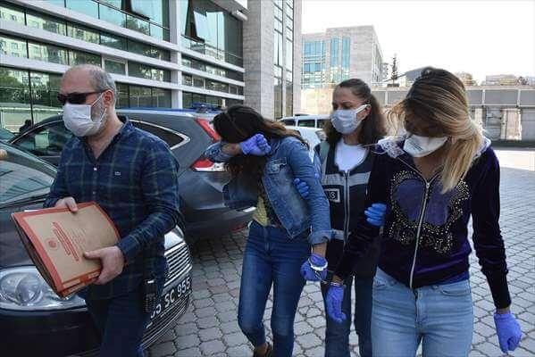 Hırsızlık Şüphelisi 3 Kadın Gözaltına Alındı