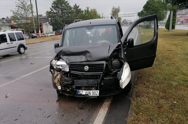 Samsun'da Zincirleme Trafik Kazası:1 Yaralı
