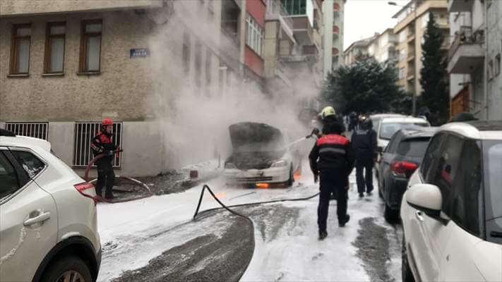 Samsun'da Seyir Halindeki Otomobil Yandı