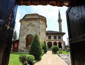 Kuzey Makedonya'nın zarafet sembolü: Alaca Cami