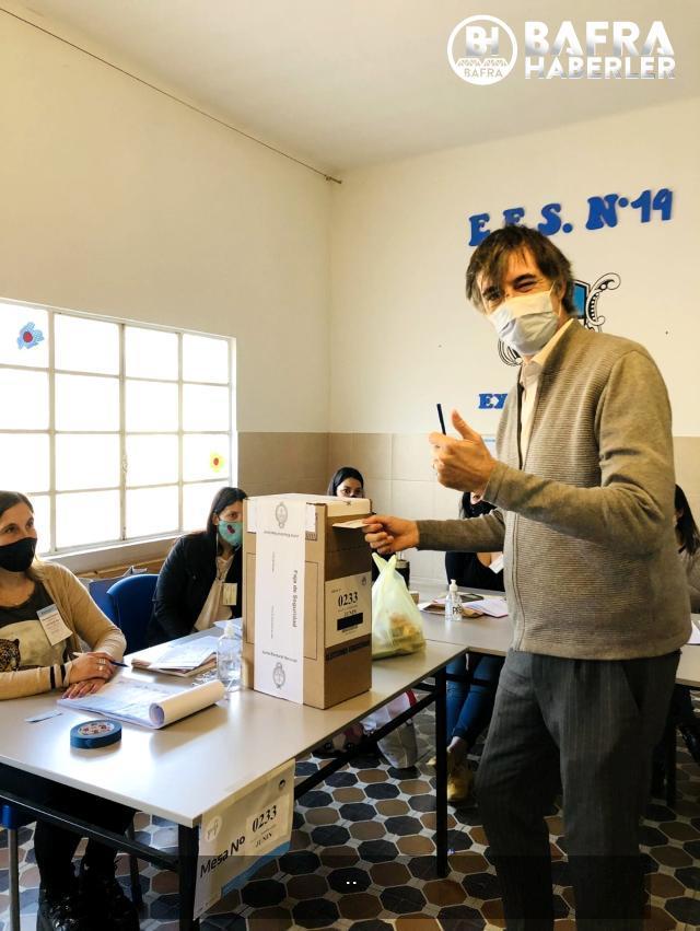 arjantin'de halk, ön seçimler için sandık başında 11