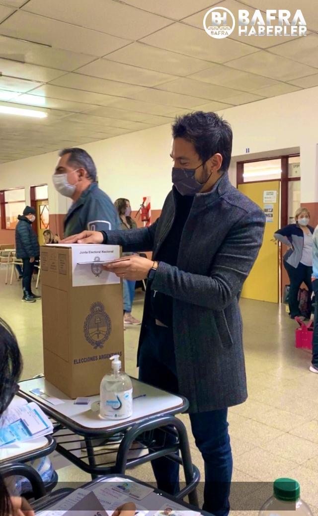 arjantin'de halk, ön seçimler için sandık başında 12
