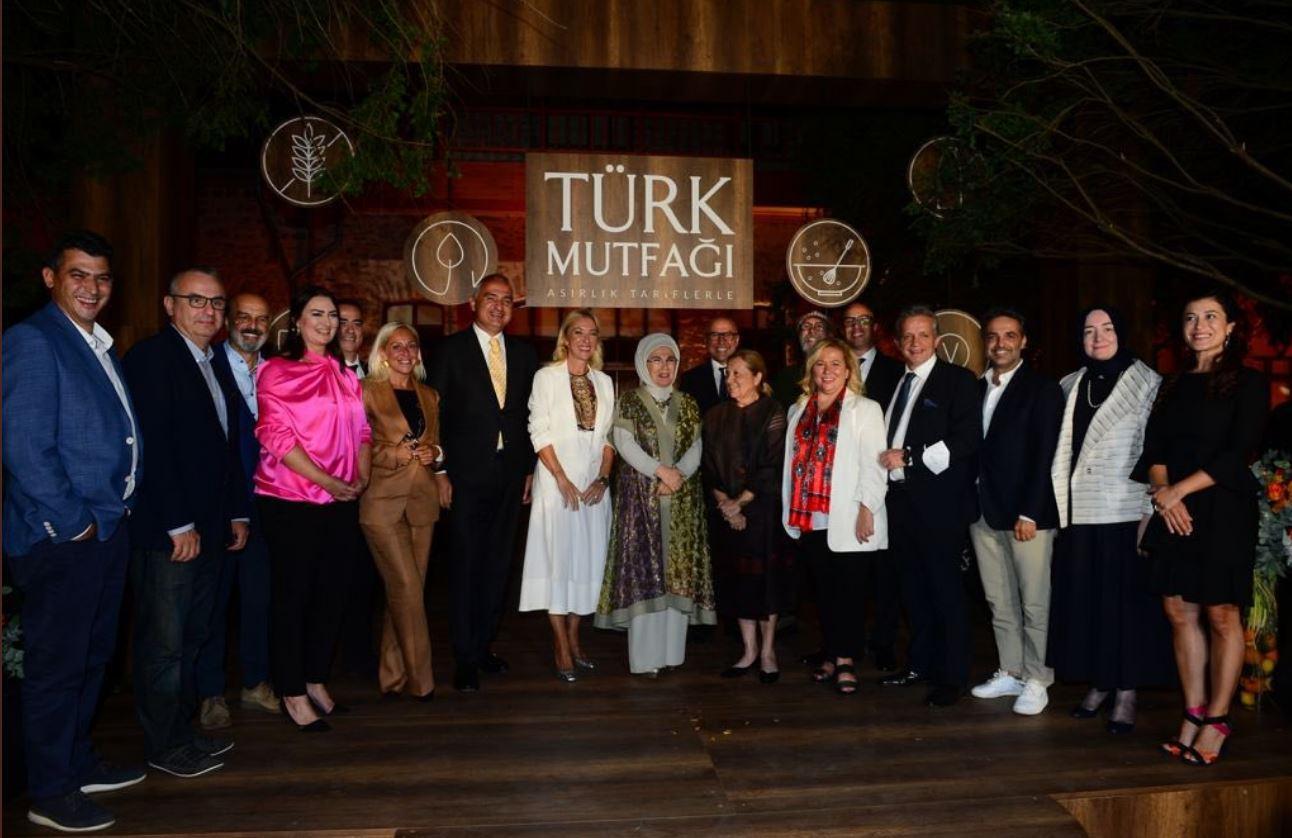 emine erdoğan türk mutfağı kitabını ve aile mutfağını anlattı! 14