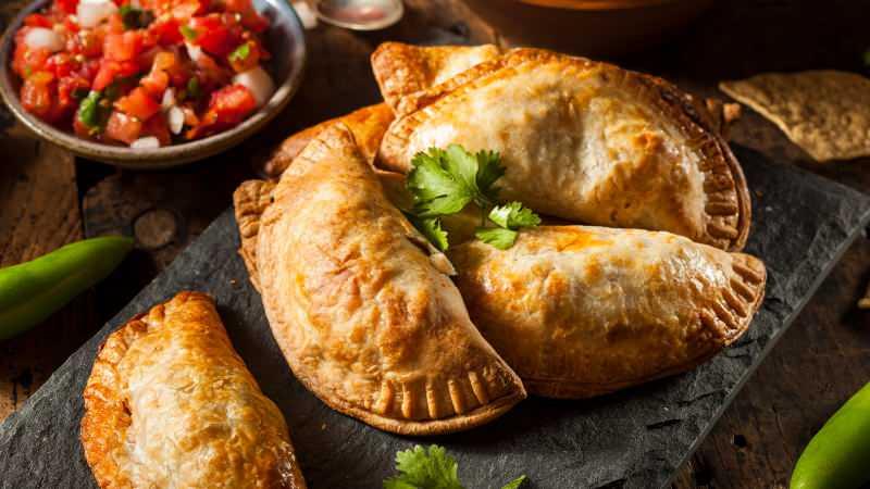 empanadas böreği nasıl yapılır? empanadas böreğinin içinde ne var? 7