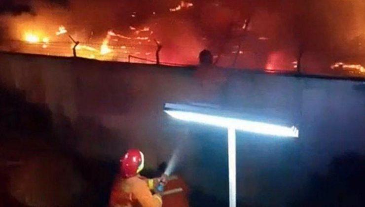 endonezya'da hapishanede yangın çıktı! 41 mahkum yanarak can verdi