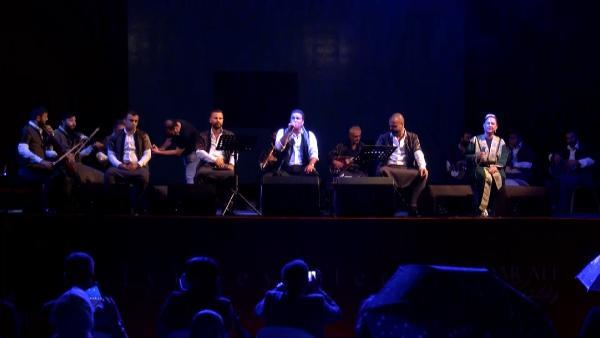 hasköy sahne'de sıra gecesi ekibinden müzik şöleni 6