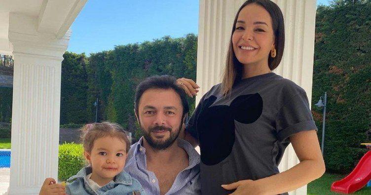 i̇kinci çocuğunu kucağına almaya hazırlanan bengü'den yeni hamilelik pozları 15