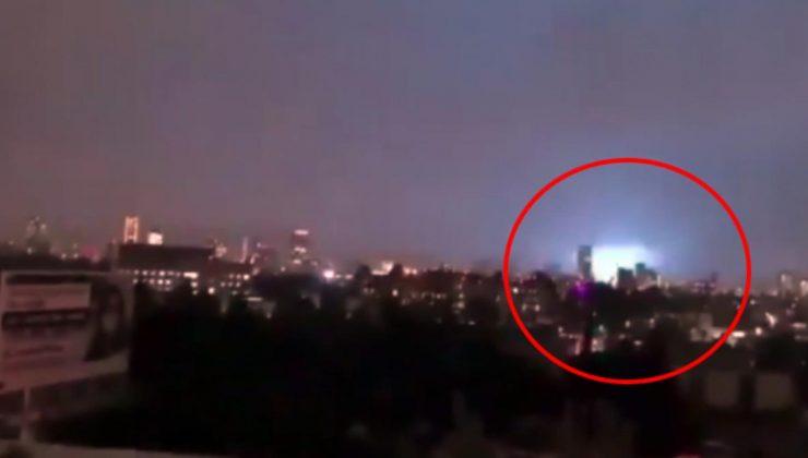 meksika'daki şiddetli deprem sırasında, gökyüzünde mavi ışıklar görüldü