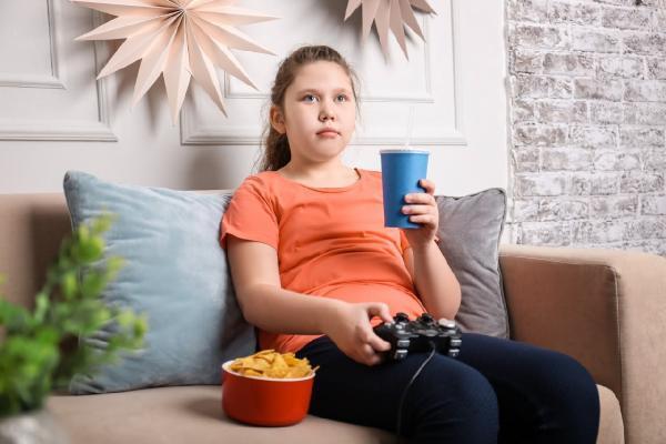 obezite erken ergenliği artırıyor; kız çocuklarına dikkat 11